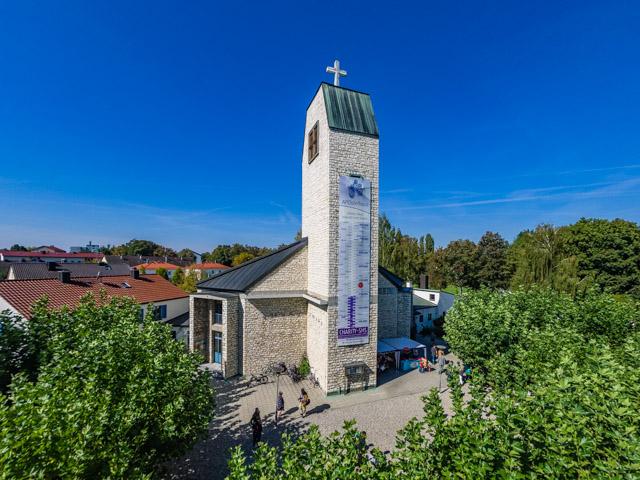 An Der Apostelkirche