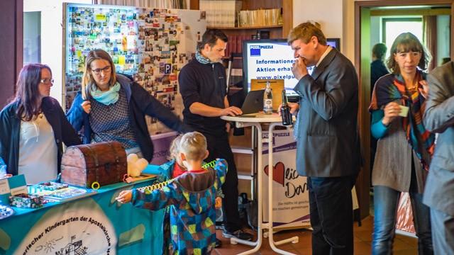 Kindergarten- und PIXELPUZZLE-Stand