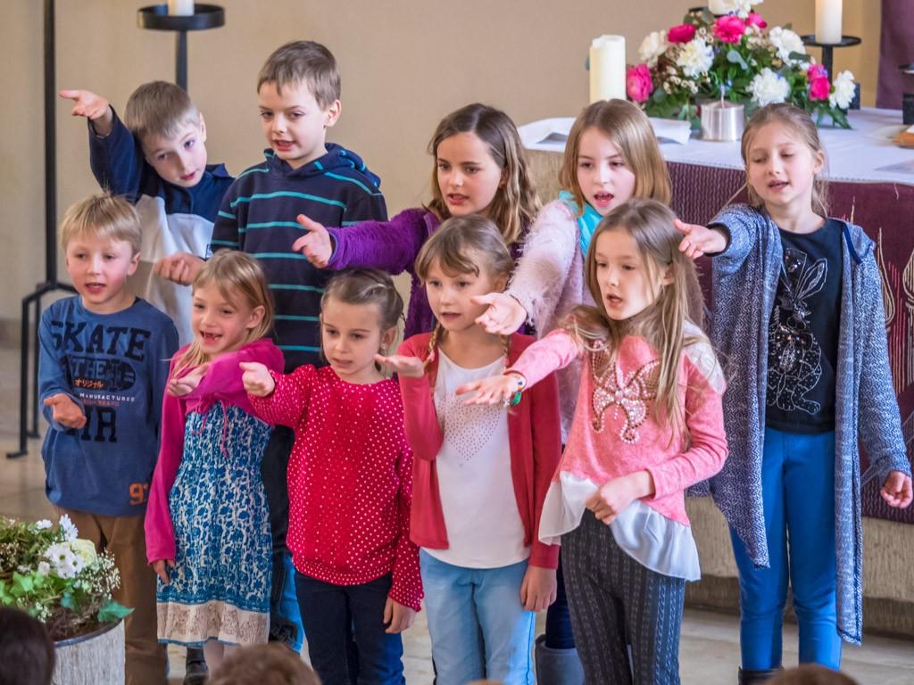Gottesdienst zur Verabschiedung der langjährigen Gemeindesekretärin Katharina Kühr