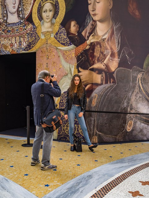 Mailänder Modewoche: an jeder Ecke Models und Fotografen