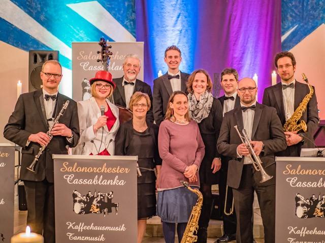 Das Gruppenbild nach dem Konzert mit Pfrn. Anne Stempel-de Fallois