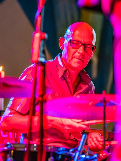 Tom: Drums