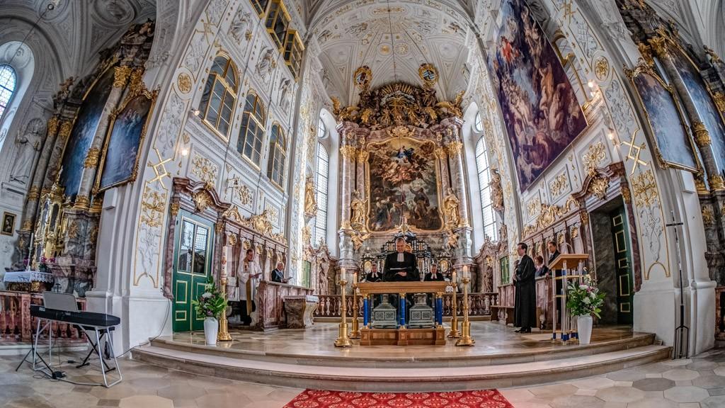 Pfarrer Sperber von der reformierten evangelischen Kirche in Marienheim