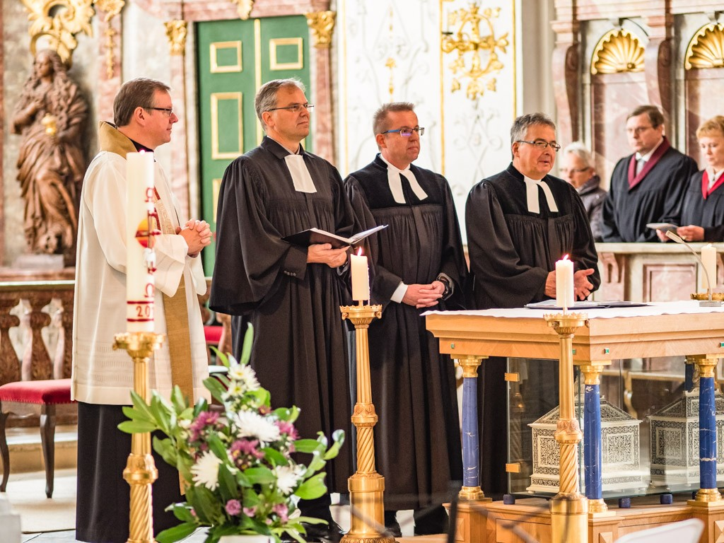 Vier Pfarrer